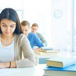 studenter visas för nationella prov